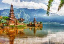 świątynia na wodzie na Bali