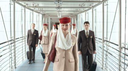 Myślisz o pracy stewardesy/stewarda? Emirates poszukuje załogi pokładowej w Polsce