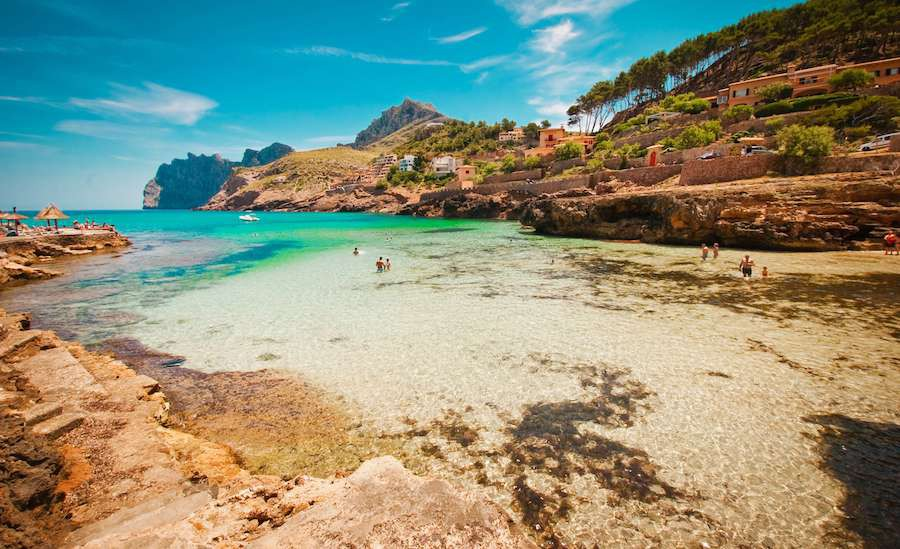 Majorka-Cala-San-Vincente-Beach-in-Mallorca-at-Balearic-Islands-of-Spain-shutterstock_40074374_20170525-122809_1