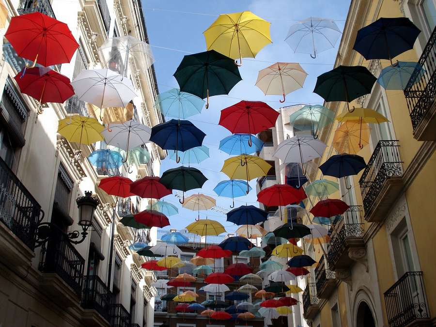 alicante-freeimages-umbrellas-in-the-street-1445927-1600x1200