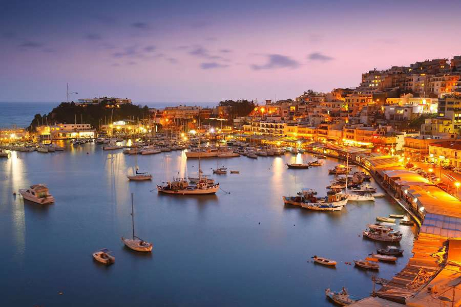 Ateny-Evening-in-Mikrolimano-marina-in-Athens-Greece-shutterstock_251573647