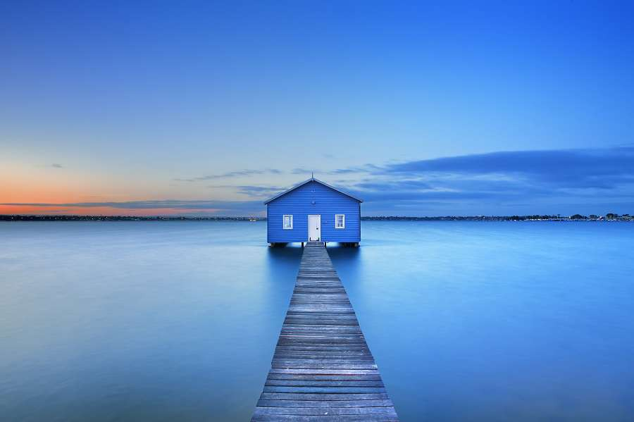 Sunrise-over-the-Matilda-Bay-boathouse-in-the-Swan-River-in-Perth-Western-Australia.-shutterstock_314786408