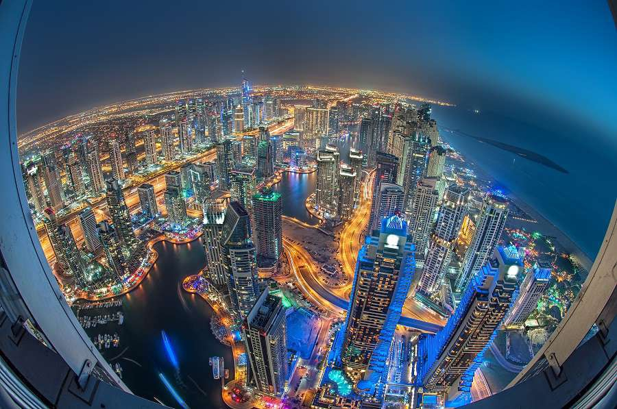 A-skyline-panoramic-view-of-Dubai-Marina-showing-the-Marina-and-Jumeirah-Beach-Residenc-shutterstock_187448249