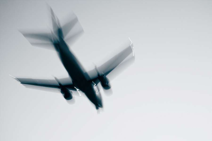 Airplane-with-problems---concept-and-idea---blurred-motion-shutterstock_87563047_1920