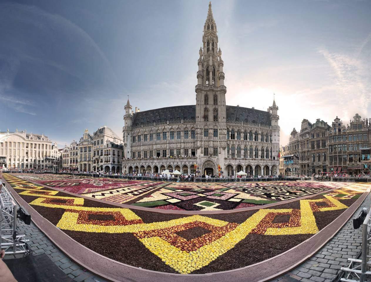 Bruksela w maju za 62 zł w obie strony!