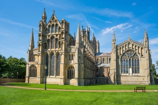 Katedra Ely