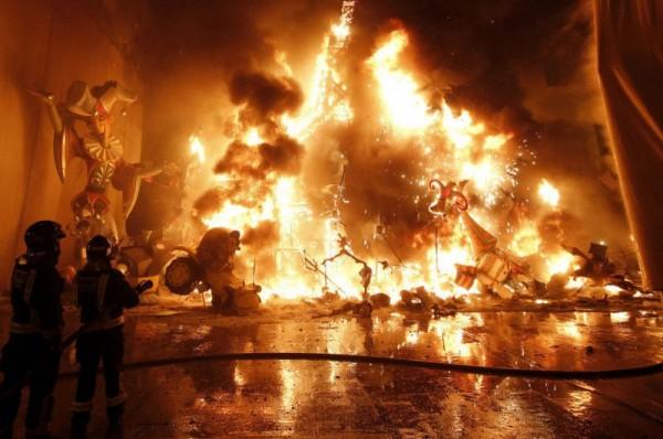 Fallas de Valencia - Święto Ognia w Walencji
