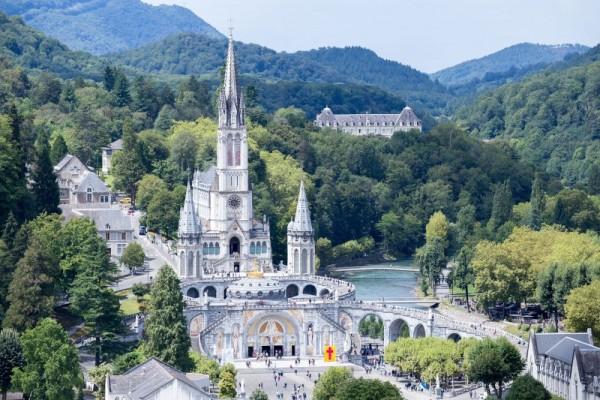 Lourdes we Francji